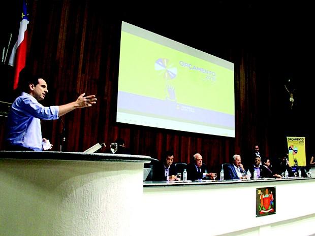 Prefeitura defende pavimentação da estrada da Volta Fria 2 (Foto: Ney Sarmento)