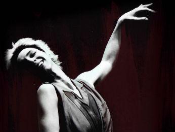 Artista de Irati, no Paraná, é conhecida por ter criado o teatro essencial e é referência internacional no meio teatral. (Foto: Divulgação/ Unicentro)