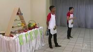 """Projeto """"salada do conhecimento"""" leva orientações de higiene para crianças da APAE"""