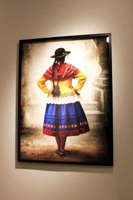 Uma série de fotos sobre os povos peruanos também faz parte do acervo do museu (Foto: Divulgação)
