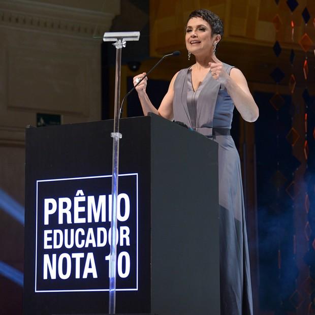 Sandra Annenberg comandou a noite de premiação (Foto: Divulgação/TV Globo)