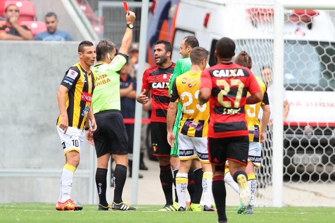 Ronaldo Alves Sport x The Strongest (Foto: Marlon Costa / Pernambuco Press)