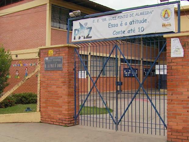 Provas de alunos que tiveram 1 hora a mais no Enem foram canceladas em Santa Rita do Sapucaí (Foto: Reprodução EPTV)