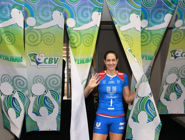 Fernanda Venturini na final da Superliga (Foto: Luiz Doro / adorofoto)