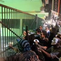 SP: grupo tenta entrar no Palácio; PM reage (Tiago Queiroz/Estadão Conteúdo)