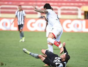 Lance de Botafogo x Vitória (Foto: André Durão/Globoesporte.com)