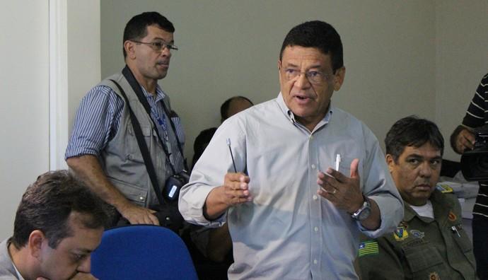 reunião PM final Série D, coronel Jaime Oliveira (Foto: Abdias Bideh/GloboEsporte.com)
