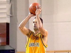Oscar Schmidt nas Olimpíadas de Atlanta em 1996 (Foto: Agência Estado)