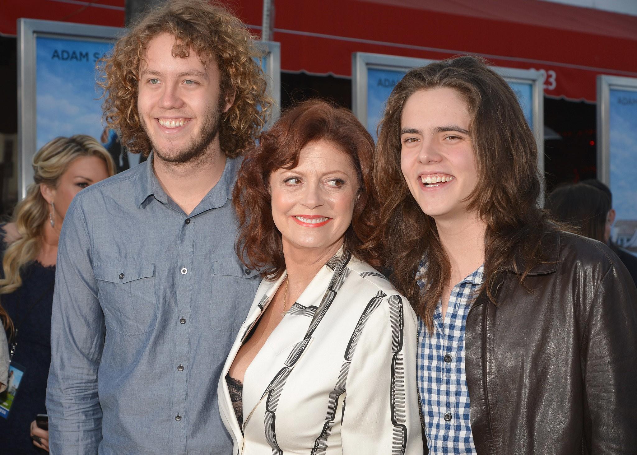 Susan Sarandon e seus filhos Jack e Miles (Foto: Divulgação)