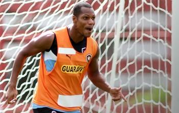 André Bahia Treino Botafogo (Foto: Vitor Silva/SSPress)