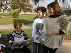 Mãe e avó de Hector se orgulham do garoto (Foto: Reprodução/TV Tribuna)