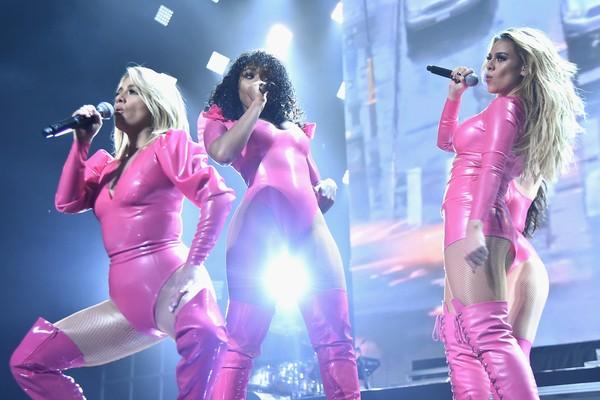 A cantora Normani Kordei com suas colegas de Fifth Harmony (Foto: Getty Images)