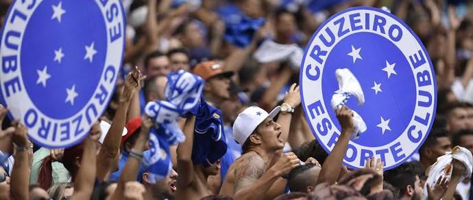 Torcida do Cruzeiro no Mineirão (Foto: Douglas Magno)
