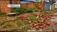 Temporal destrói casas e danificou veículos