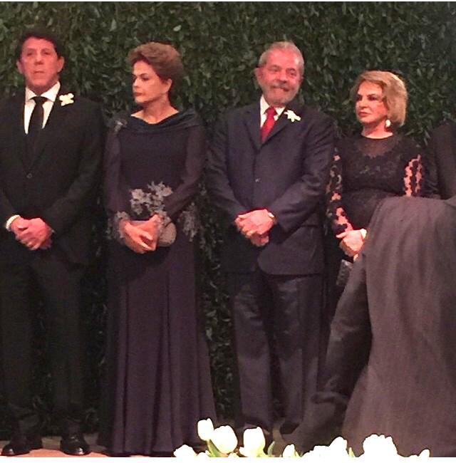 Dilma Rousseff, Lula e Marisa no casamento de Roberto Kalil (Foto: Reprodução Instagram)