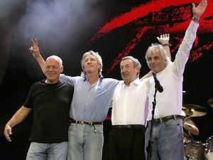 O Pink Floyd durante a última apresentação do grupo, no Live 8, em Londres, em 2005 (Foto: AFP)
