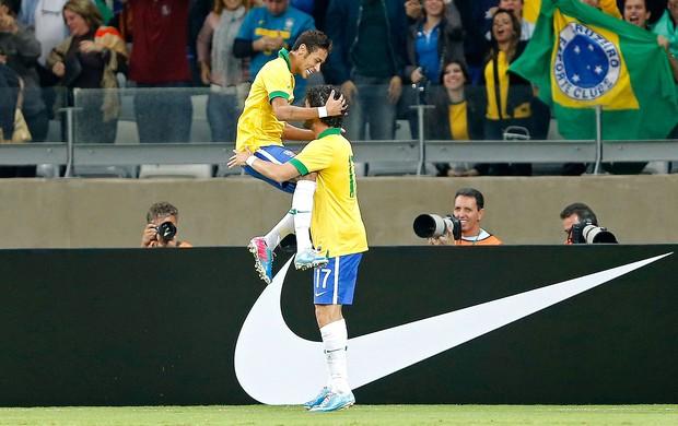 Neymar Pato gol Brasil Chile Mineirão (Foto: Reuters)