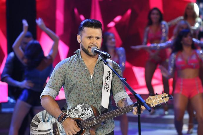 Ao lado do irmão, Marcos cantou muitos sucessos sertanejos (Foto: Carol Caminha / Gshow)
