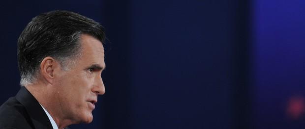 O candidato republicano Mitt Romney durante o debate desta segunda (22) (Foto: AFP)