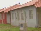 Moradores protestam para entrega de 600 casas populares em Araraquara