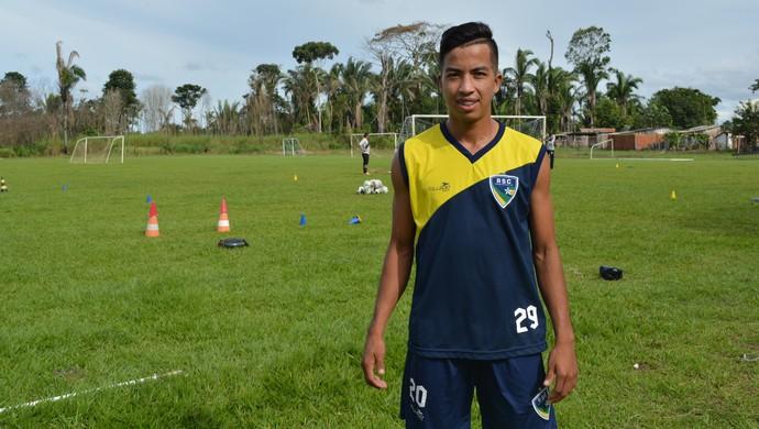 Atacante Tanaka (Foto: Jheniffer Núbia/GloboEsporte.com)