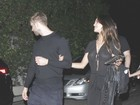 Calvin Harris e atriz Eiza Gonzalez saem juntinhos de festa nos EUA
