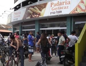 Venda de ingressos torcida do Goytacaz (Foto: Gustavo Rangel)