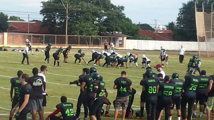 Campo Grande Predadores (de preto) perdem para Diggers na Liga Nacional (Foto: Divulgação/Predadores)