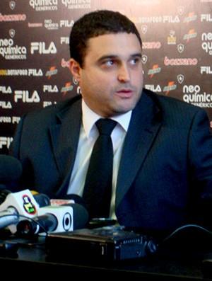 Jobson e Anibal Rouxinol, advogado do botafogo  (Foto: Gustavo Rotstein / Globoesporte.com)
