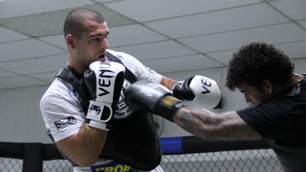 Shogun em treino (Foto: Fernando Araújo/Globoesporte.com)