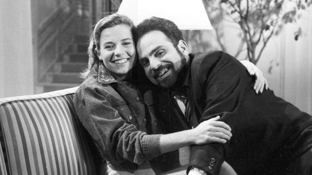 Magda (Vera Zimmerman) e Porfrio (Guilherme Karam) (Foto: CEDOC/ TV Globo)