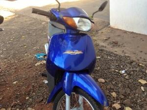 Motocicleta roubada de mulher em Campo Grande (Foto: Nadyenka Castro/ G1 MS)