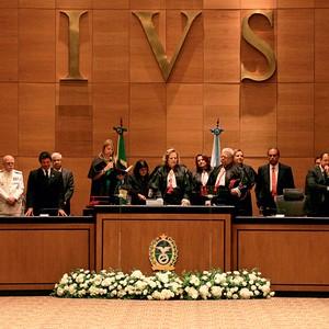 BENEFÍCIOS Juízes do Tribunal de Justiça do Rio de Janeiro. Boa remuneração e dois meses de férias por ano (Foto: Carlo Wrede/Ag. O Dia)