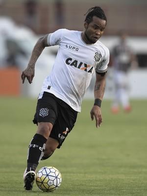 Carlos Alberto, Figueirense x Fluminense (Foto: Agência Estado)