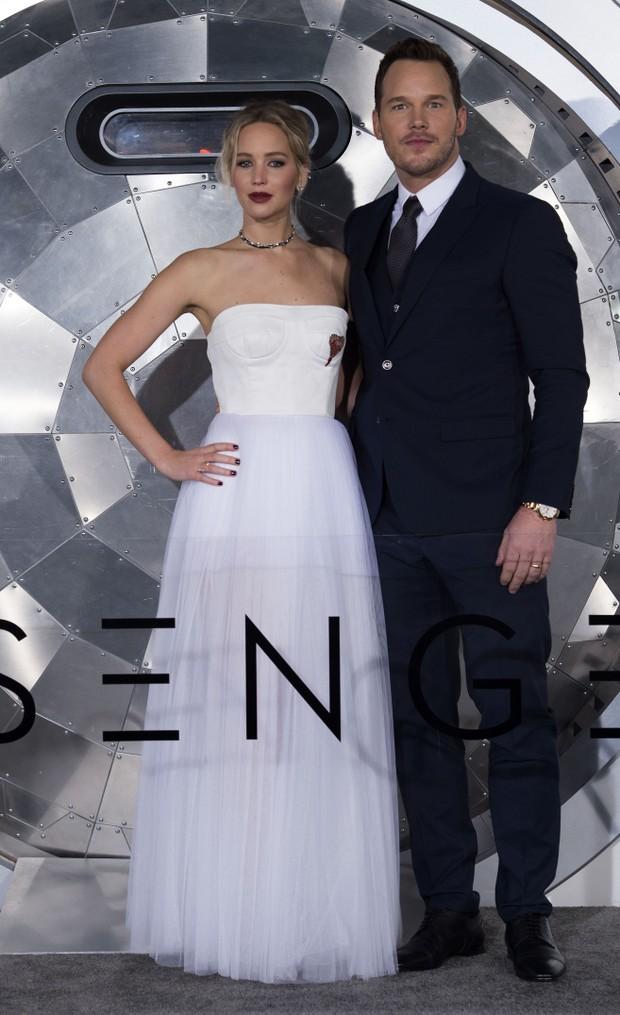 Jennifer Lawrence e Chris Pratt em première de filme em Los Angeles, nos Estados Unidos (Foto: Valerie Macon/ AFP)