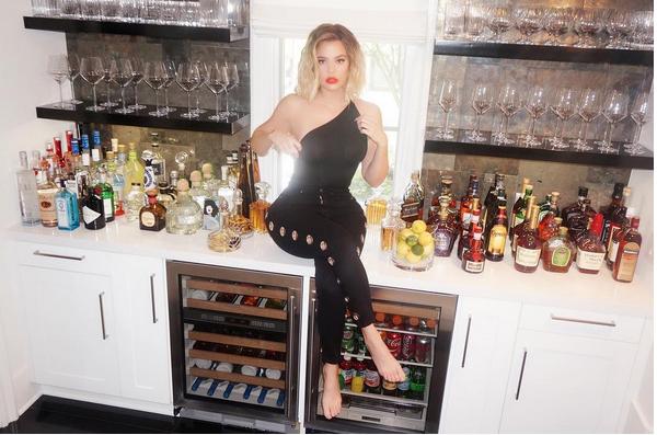 A socialite Khloé Kardashian (Foto: Instagram)