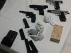 Grupo é detido com armas, dinheiro e munição em hotel de Jequitinhonha