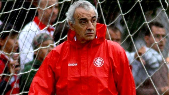 Treinador Jorge Fossati (Foto: Agência Vipcomm)