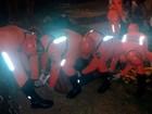 Mulher de 56 anos cai de altura de 3 metros no final do circuito do carnaval