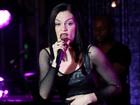 Jessie J se apresenta em festa pré-VMA