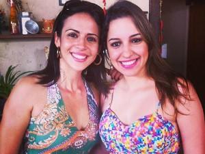 As repórteres Joana Teles e Ana Carolina Ferreira se reencontraram na confraternização em Coronel Fabriciano. (Foto: Joana Teles / Arquivo Pessoal)
