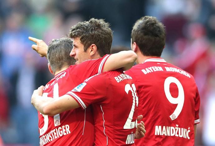 Muller Comemoração Bayern de Muique contra o Mainz (Foto: Agência AP)