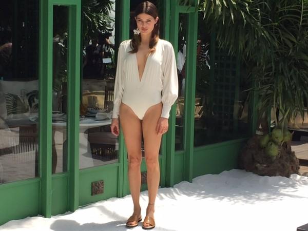 Isabeli Fontana fala sobre sexo tântrico com Di Ferrero: 'Momento sublime'