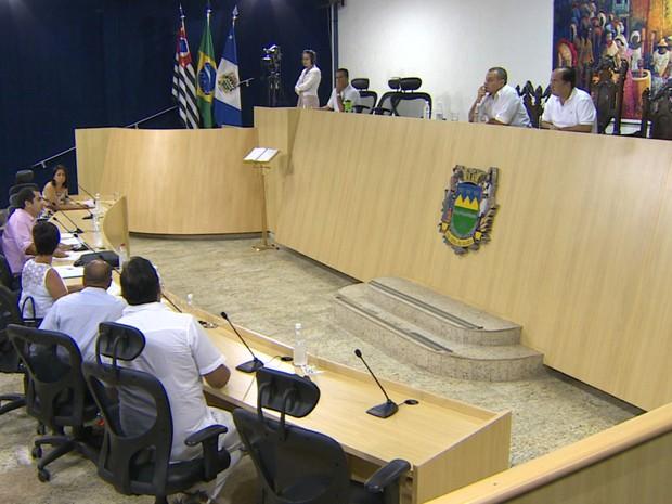 Decisão sobre mudança no Simube foi adiada para a próxima quarta-feira (5/2) em Taubaté. (Foto: Reprodução/TV Vanguarda)