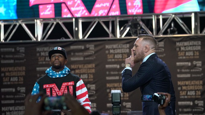 Coletiva May Mac Los Angeles; Floyd Mayweather; Conor McGregor; May-Mac (Foto: Evelyn Rodrigues)