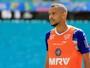 Sem ser usado no Bahia, Robson viaja para acertar com clube iraniano