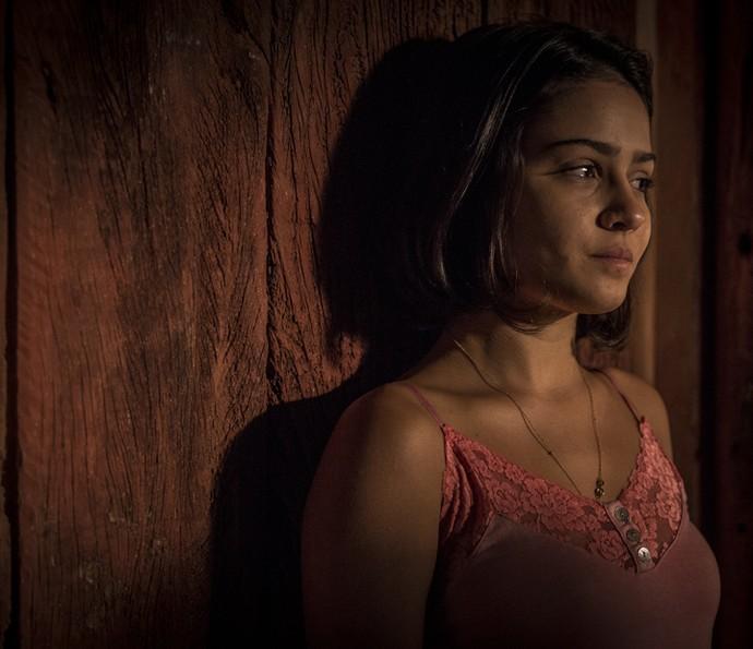 Olívia fica arrasada ao flagrar intimidade do casal (Foto: Inácio Moraes/ Gshow)