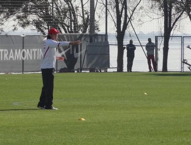 Fernandão treino Inter (Foto: Caetanno Freitas / GLOBOESPORTE.COM)