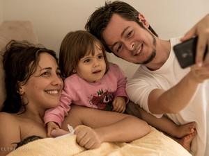 Carlos Nogales e a mulher Marina Ferreira, com os filhos Augusto e Isabela (Foto: Lela Beltrão)
