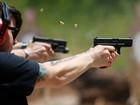 Procura a clube de tiro gay dos EUA aumenta após ataque em Orlando